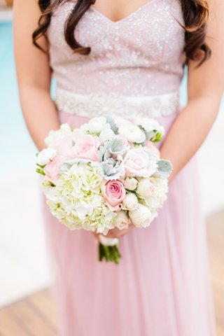 bridesmaid-in-pink-dress-silver-embellishments-embroidery-white-hydrangea-pink-rose-dusty-miller