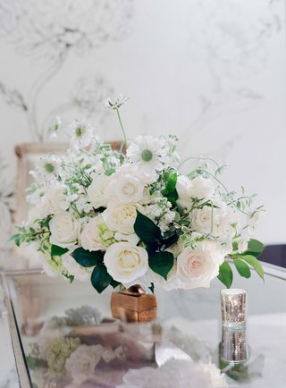 mirror-table-copper-vessel-filled-with-green-leaves-white-roses-blush-roses-white-garden-roses