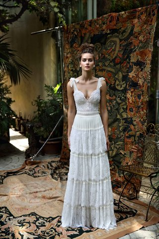 lihi-hod-2016-layered-lace-skirt-and-plunging-neckline-bodice-with-ribbon-tied-straps