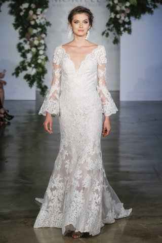 morilee-fall-2018-frosted-alencon-lace-on-net-with-scalloped-hemline-and-poetic-sleeves