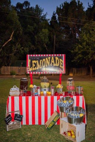 lemonade-stand-and-water-bottles-at-circus-theme-outdoor-wedding-malibu