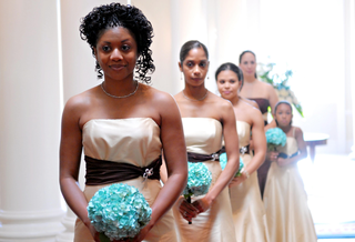 tan-bridesmaid-dresses-and-blue-bouquets