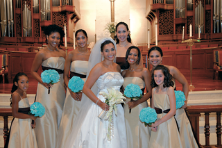 bride-with-bridesmaids-in-front-of-church-altar