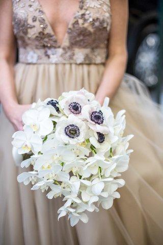 white-bouquet-orchids-anemones-flowers-black-center-new-york-city-wedding-bridal-unique