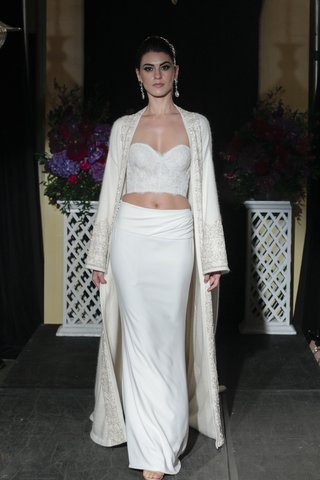 isabelle-armstrong-fall-2016-lace-crop-top-and-white-skirt