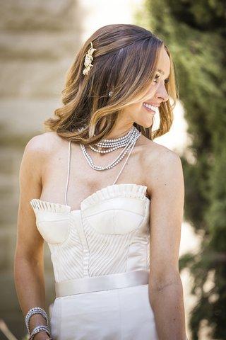 courtney-bingham-sixx-in-sparkling-necklace