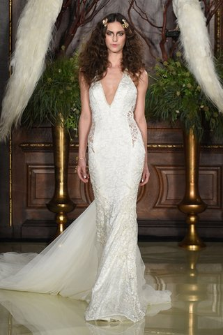 lace-gown-with-tulle-train-and-cut-outs-on-hips-by-galia-lahav