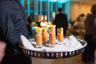 mini-grilled-cheese-with-tomato-soup-shooters-late-night-snacks-at-wedding-reception