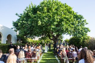 garden-wedding-ceremony-at-la-jolla-womans-club-california