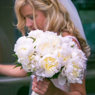 bridal-bouquet-with-large-white-peonies