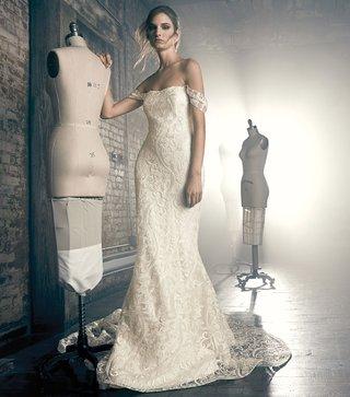 sareh-nouri-fall-2018-wedding-dress-elise-off-shoulder-wedding-dress-embroidery-lace-scoop-neck