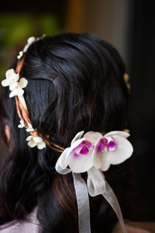 bride-wearing-head-wreath-of-twigs-and-orchids-for-wedding