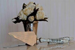 crystal-and-ivory-cake-cutter-handle-with-engraving