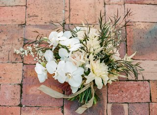 rustic-glam-bridal-bouquet-with-orchids-and