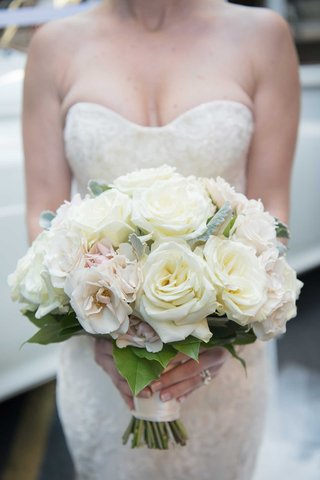 wedding-bouquets-strapless-wedding-dress-bridal-bouquet-white-pink-rose-tied-bouquet