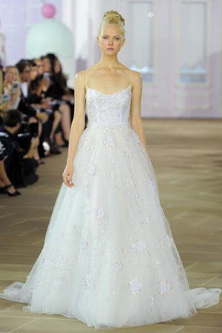 ines-di-santo-valerie-fall-2016-tulle-ball-gown-scoop-neckline-spaghetti-strap-hand-painted-overlay