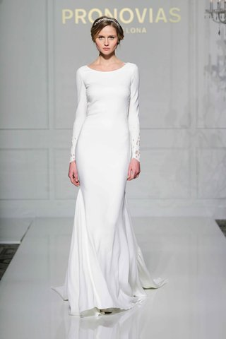 pronovias-2016-long-sleeve-crepe-wedding-dress