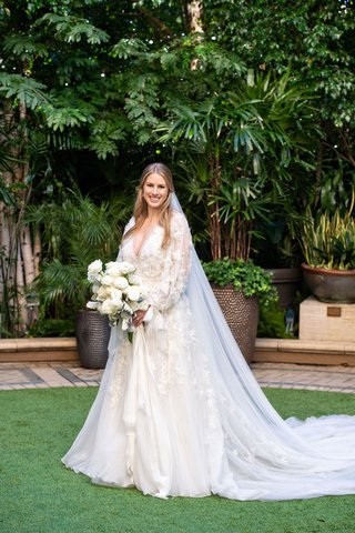 bride-in-marchesa-wedding-dress-long-sleeve-winter-wedding-la-white-bouquet-rose-flowers-hair-down