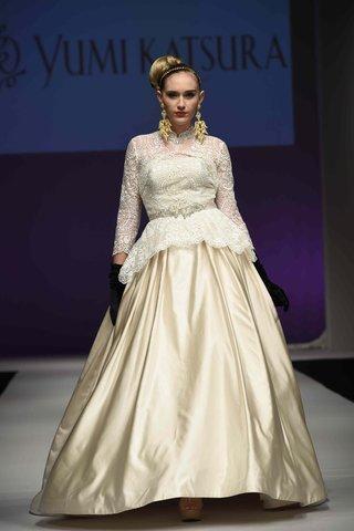 yumi-katsura-fall-2016-gold-wedding-dress-ball-gown-skirt-with-lace-peplum-bodice