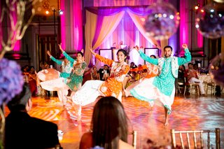 bhangra-dancers-at-wedding-reception