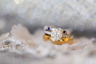 six-prong-diamond-engagement-ring-and-gold-wedding-band