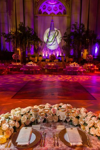 rosette-linens-with-u-shaped-florals-and-dance-floor