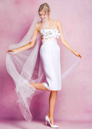 angel-sanchez-fall-2016-short-wedding-dress-with-pink-bow-and-flower-bodice