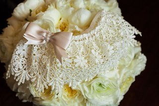 lace-wedding-day-garter-white-with-dusty-rose-blush-millennial-pink-bow-in-front