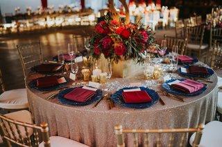 rose-gold-sequin-linen-navy-charger-plate-burgundy-napkins