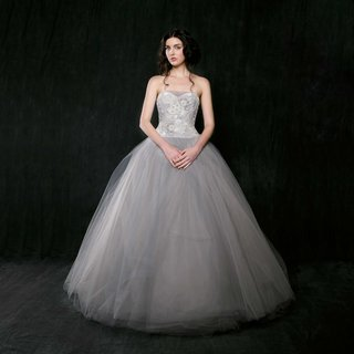 sareh-nouri-spring-2017-iris-strapless-grey-wedding-dress-ball-gown-with-sweetheart-neckline