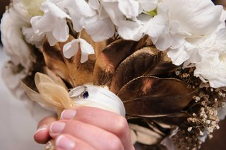 bridal-bouquet-with-heirloom-sapphire-ring-attached-wedding-flowers-gold-leaf-details