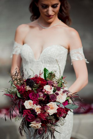 fall-wedding-bouquet-marsala-and-burgundy-wedding-bouquet