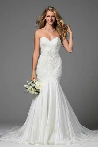 watters-2017-bridal-collection-minerva-strapless-trumpet-wedding-dress-sweetheart-neckline-lace