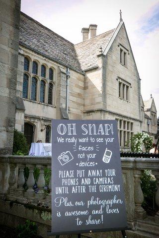 wedding-ceremony-sign-for-unplugged-wedding-chalkboard-wedding-sign-ideas-mansion-venue
