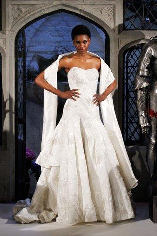 oleg-cassini-spring-2018-wedding-dress-flower-jacquard-strapless-mermaid-trumpet-gown-layer-tiers