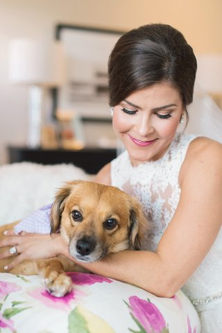 bride-in-lace-monique-lhuillier-sleeveless-dress-with-pet-dog-bridal-portrait-with-dog