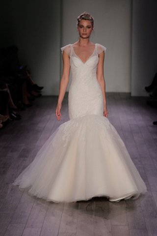jim-hjelm-spring-2016-mermaid-wedding-dress-with-cap-sleeves