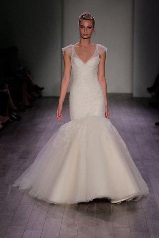jim-hjelm-spring-2016-mermaid-wedding-dress-with-cap-sleeves
