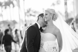 bride-and-groom-at-shutters-on-the-beach-santa-monica-ca