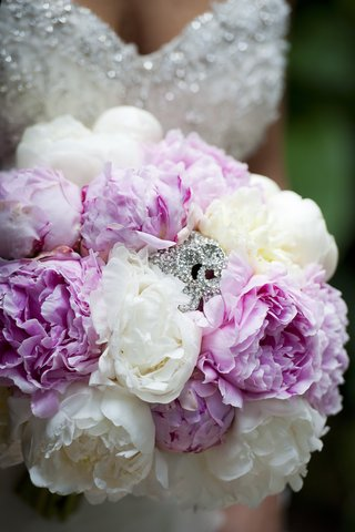 wedding-bouquet-of-white-and-light-pink-peonies-rhinestone-brooch