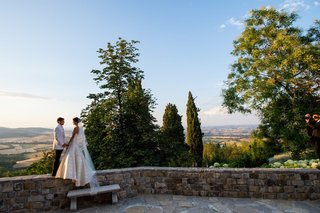 bride-and-groom-overlooking-tuscany-in-italy