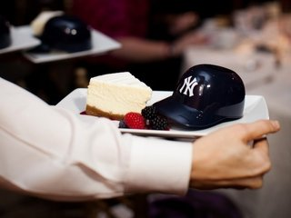 cheesecake-with-mini-baseball-helmet