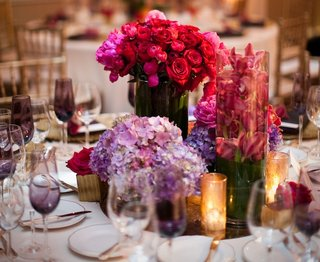 purple-hydrangeas-and-hot-pink-roses-in-vases