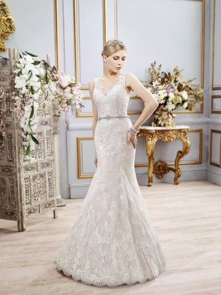 strap-wedding-dress-with-lace-by-val-stefani