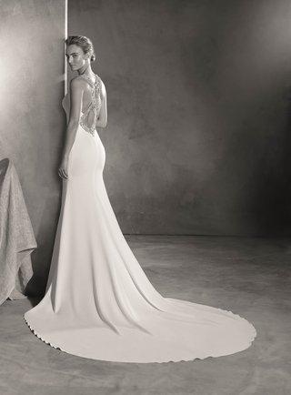 atelier-pronovias-2017-emmett-wedding-dress-crepe-mermaid-style-gemstone-back-straps-black-white