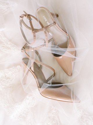 wedding-detail-shot-nude-pumps-ankle-strap-with-white-veil-by-renee-pawele