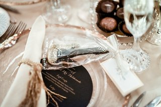 guitar-cookie-paired-with-wedding-place-card-train-bassist-hector-maldonado-wedding