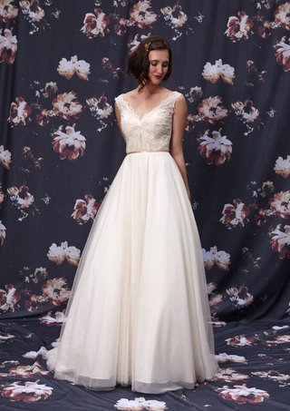 chantilly-lace-bodice-with-organza-skirt-by-ivy-and-aster-fall-2016