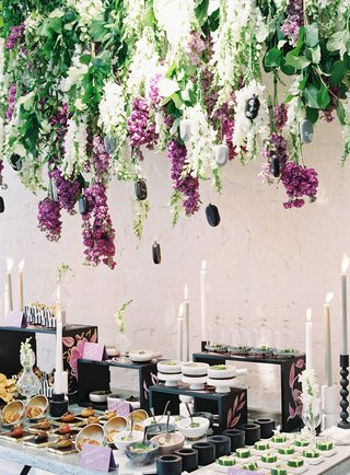 wedding-event-food-display-burrata-boat-bite-size-appetizer-hors-doeuvres-display-candles-ice-cream