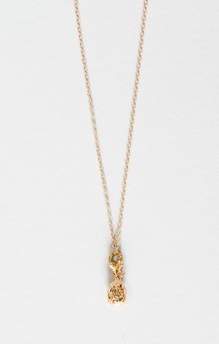 ki-ele-jewelry-designed-this-delicate-pineapple-charm